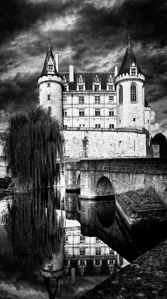 Photo in Random #castle #france #photography #photographer #bw #château #black white #klefer #klepher #photographia