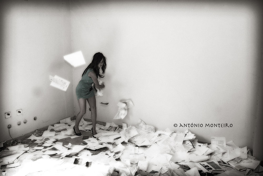 Photo in Random #paper #stress #papel #bureaucratic #burocratico
