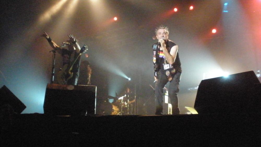 Photo in Random #rock #tako #rock n roll #ejea