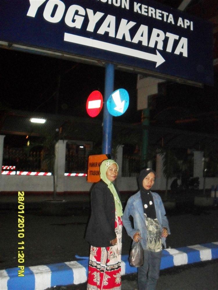 Photo in Random #stasiun #tugu