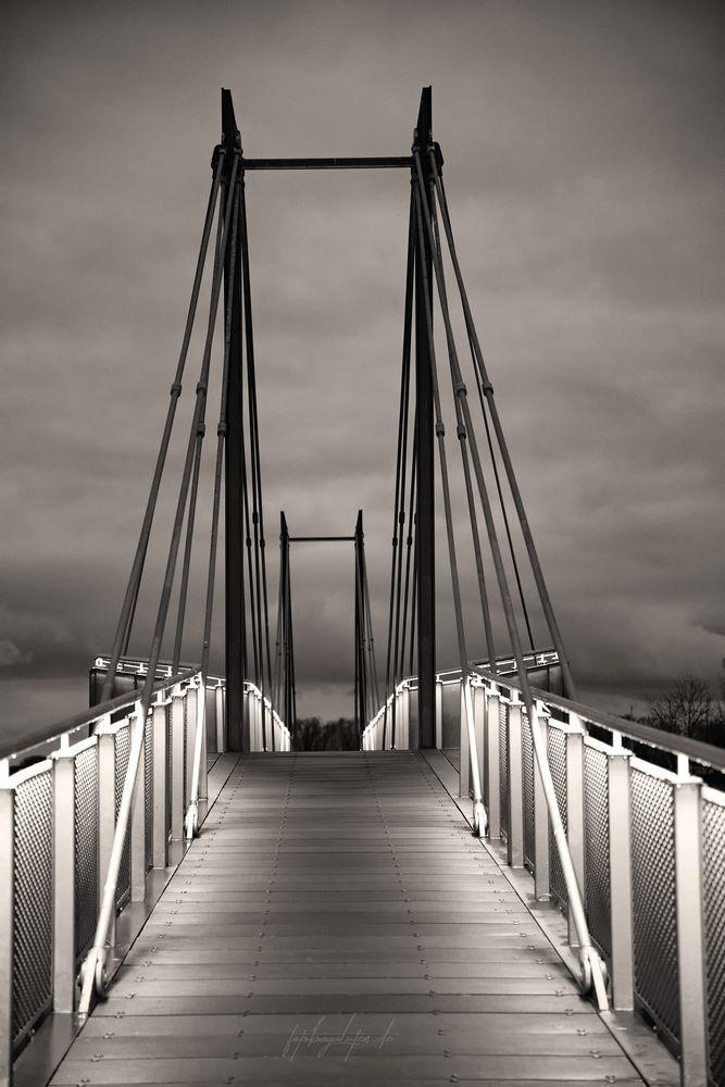 Photo in Black and White #bridge #brücke #schwarz #weiß #black #white #fotobagaluten