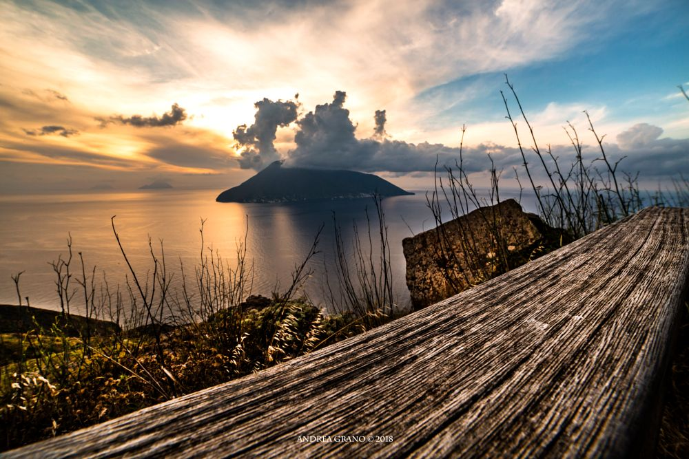 Photo in Random #sunsets #clouds #sea #islands #nature #colours