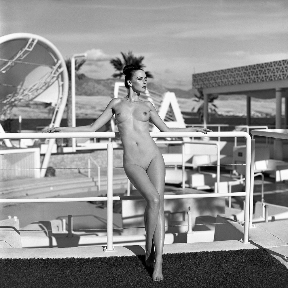 Photo in Nude #akt #analog #bartos #bartosz brudek #chorwacja #croatia #epson v750 #fineart #hasselblad 203fe #modelka #ninoveron #nude #poland #polska #portret #www.ninoveron.com