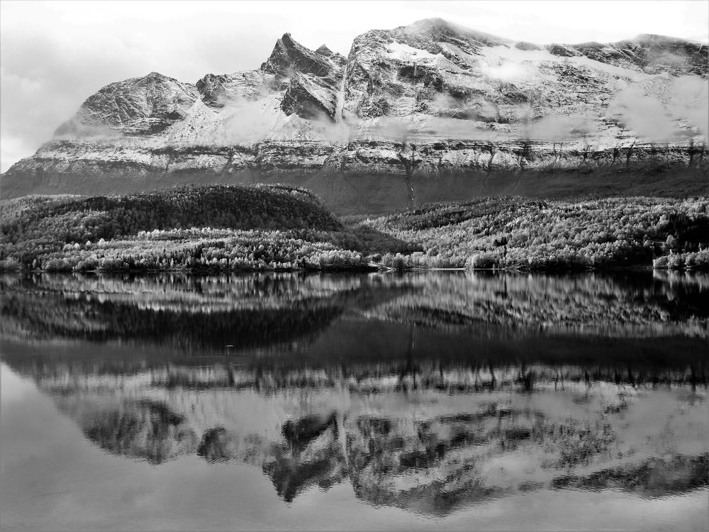 Photo in Black and White #reflections #reflection #reflex #mirror #mirroreffect #blackandwhite #nature #landscape #mountains #lake #waterscape #bwphoto #naturephoto #contrats #grey #colorless #alongtheroad #roadtrip #favoriteplaces #north #norway #troms #scenic #scenery #daylight #naturallight #myhomeland #norge