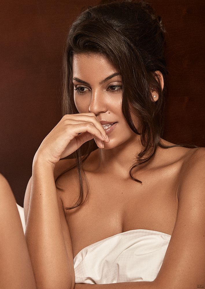 Photo in Portrait #portrait #boudoir #skin #beauty #sensual #brazilian #lefu #lefuphoto
