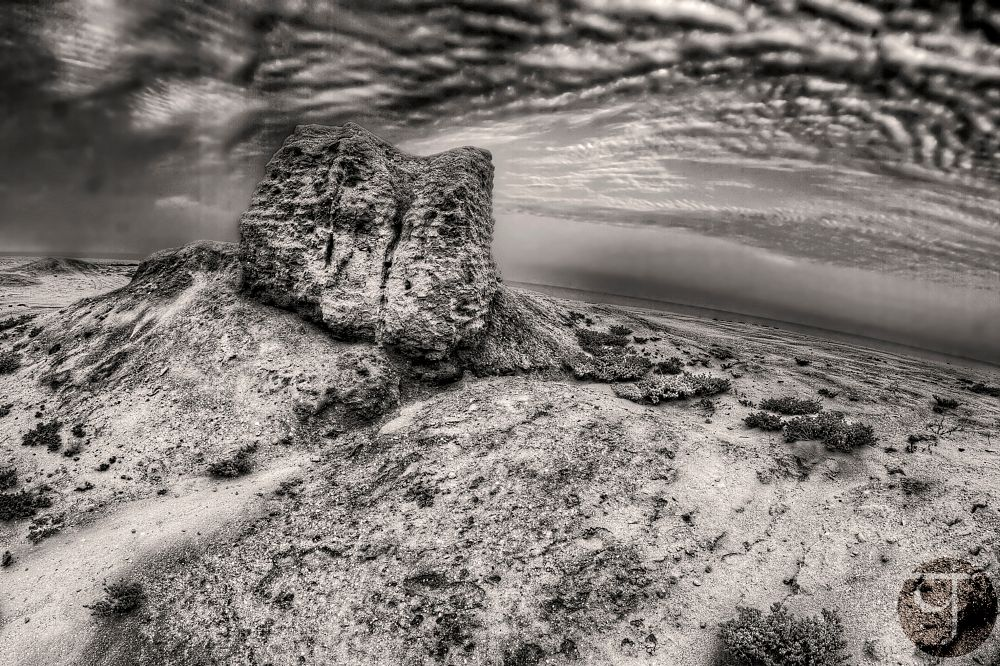Photo in Black and White #clay #walls #ruins #remains #old #house #sand #sky #clouds #sky #wide #angle #view #scene #sceneric #sands #beach #sea #seaside #coast #blue #landscape #desert #horizon #failaka #island #kuwait #mud #wall #monochrome #monochromatic #black #white #b&w