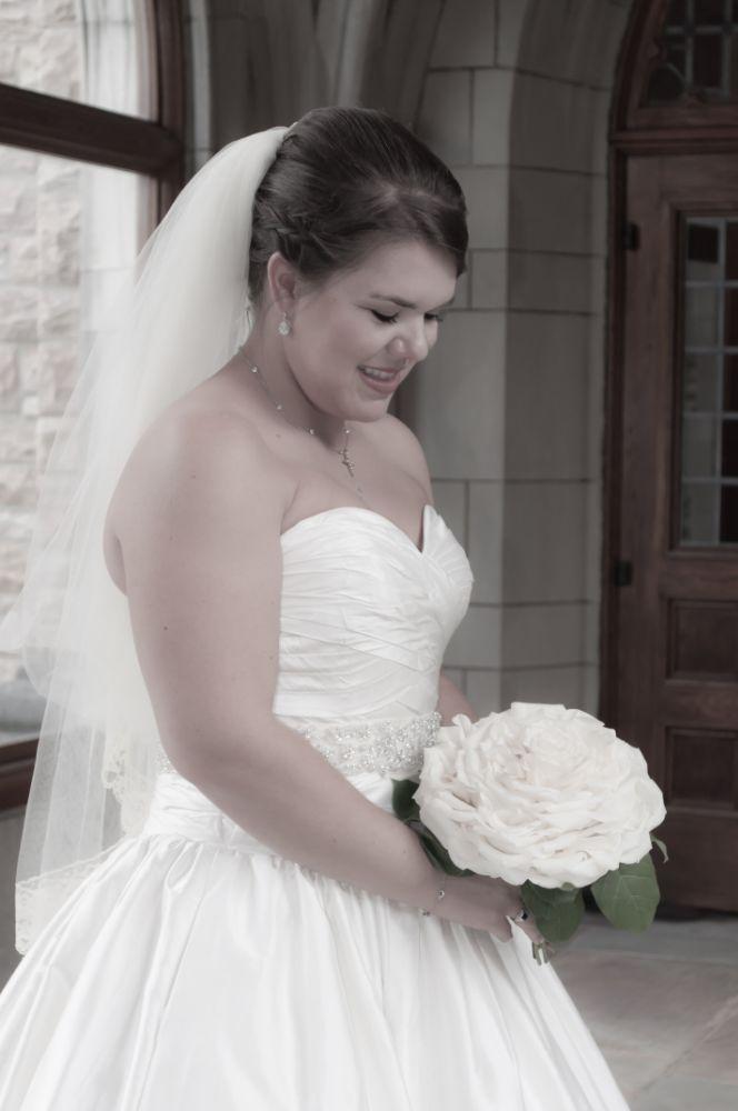 Photo in Wedding #bride #bridal portrait #wedding #photographybyjenmcwhirt.com #roses #flowers #people