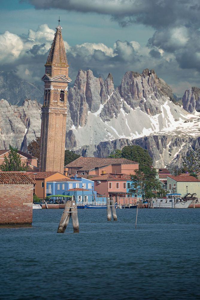 Photo in Cityscape #dream #sea #mountain #city