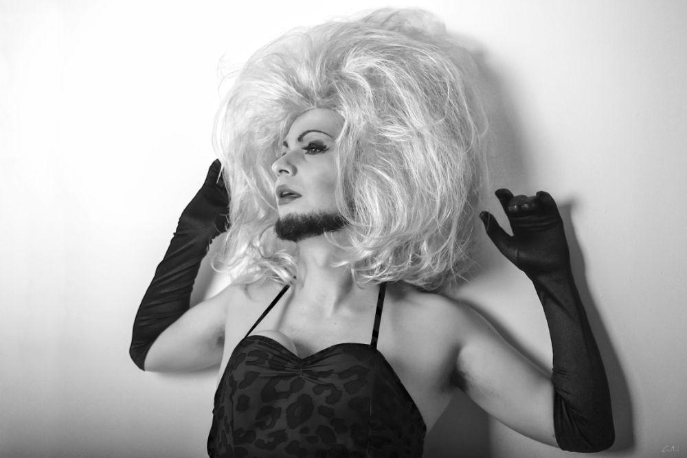 Photo in Portrait #retrato #pose #model #blanco y negro