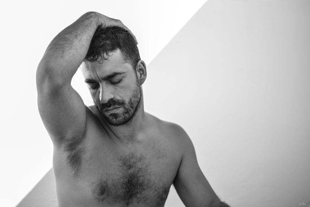Photo in Portrait #retrato #model #pose #blanco y negro