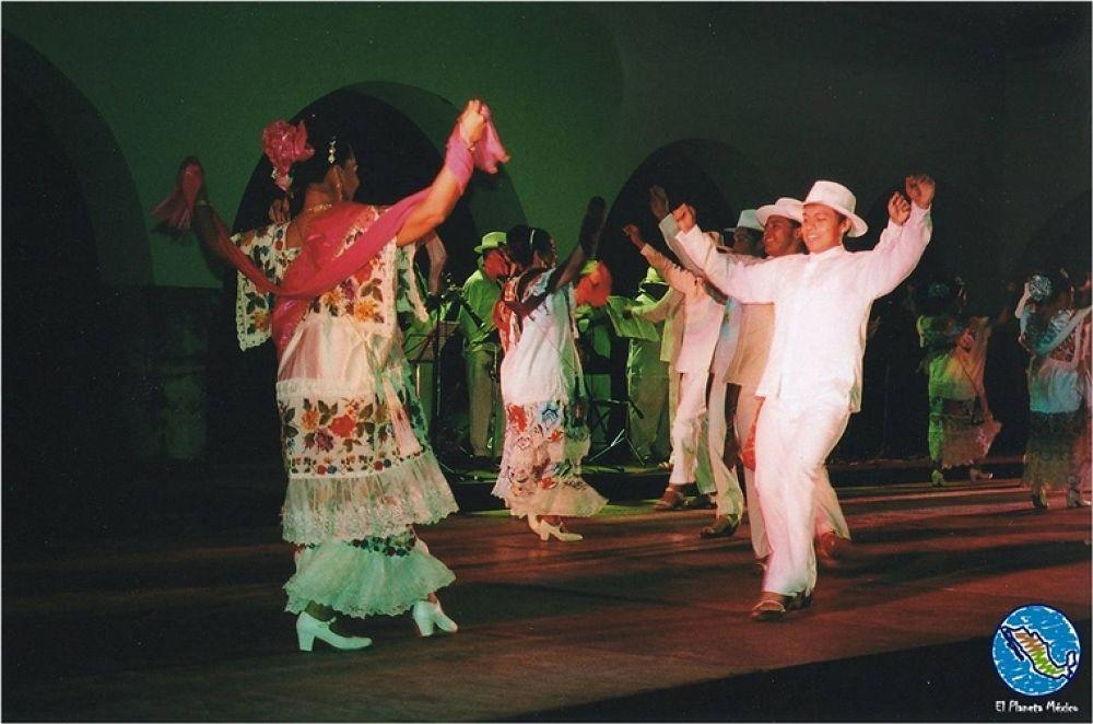 Photo in Random #merida #yucatan #dancers #traditions #mexico