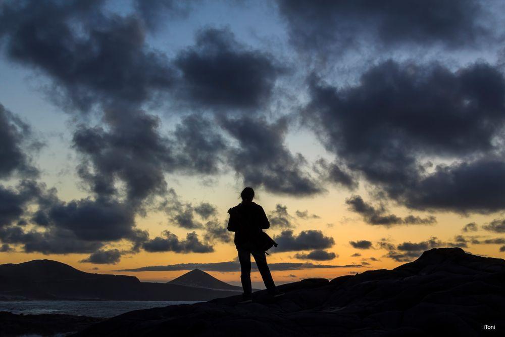 Photo in Landscape #fp #bañaderos #atardecer #sombra #siluetas #contraluz #nubes #costa #guía