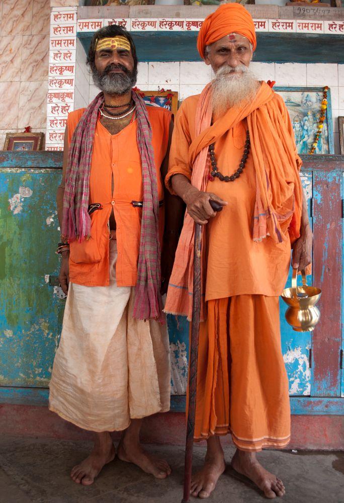 Photo in People #spiritual #orange #india #calcutta #gurus