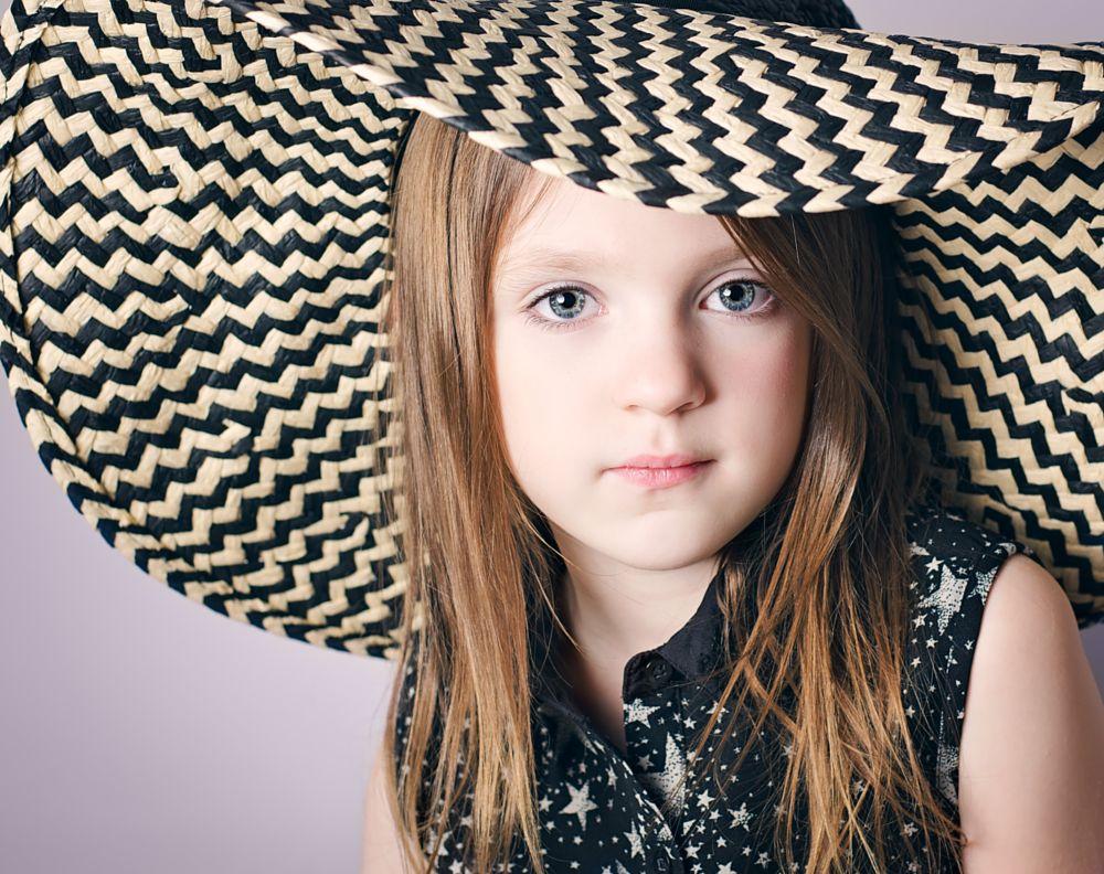 Photo in Portrait #hat #portrait #eyes #studio #lines #catch lights #nikon #d7000 #50mm