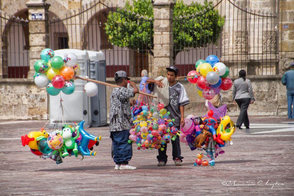 Photo in People #zapopan #gudalajara #mexico #globeros