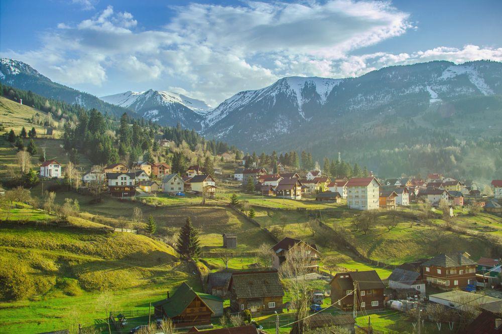 Photo in Landscape #mountains #landscape #romania #spring #amazing #nature #folk
