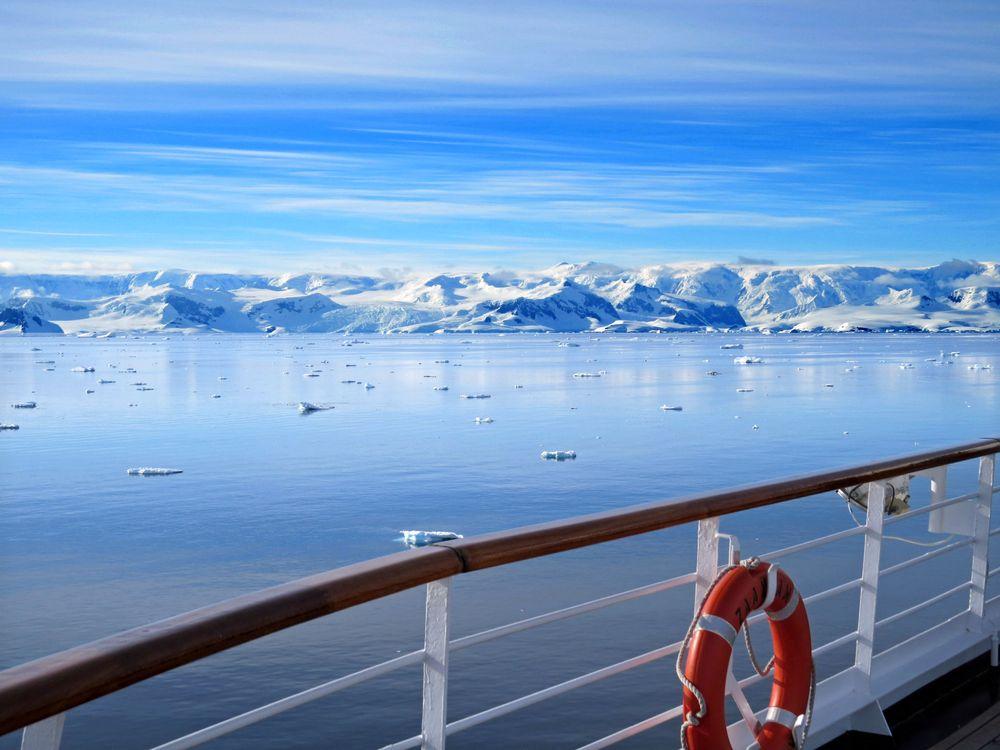 Photo in Landscape #antarctica #sozth #cold #sea #ice #sundeck #blue #white #mountains #danco #coast