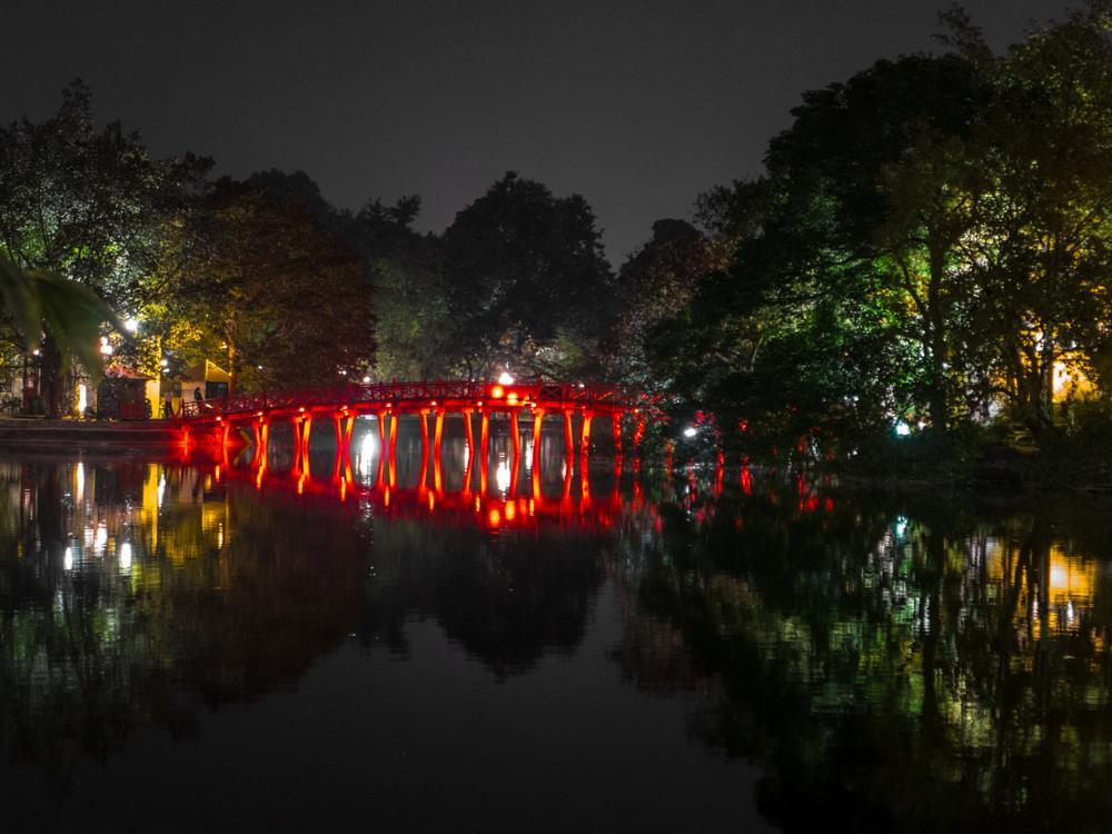 Photo in Urban #huc #huc bridge #hanoi #vietnam #lake #night #reflection #red