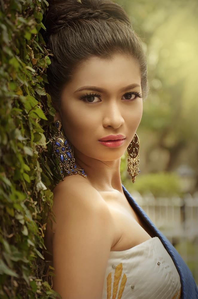 Photo in Random #people #woman #portrait #fashion #beauty #lovely #emotive