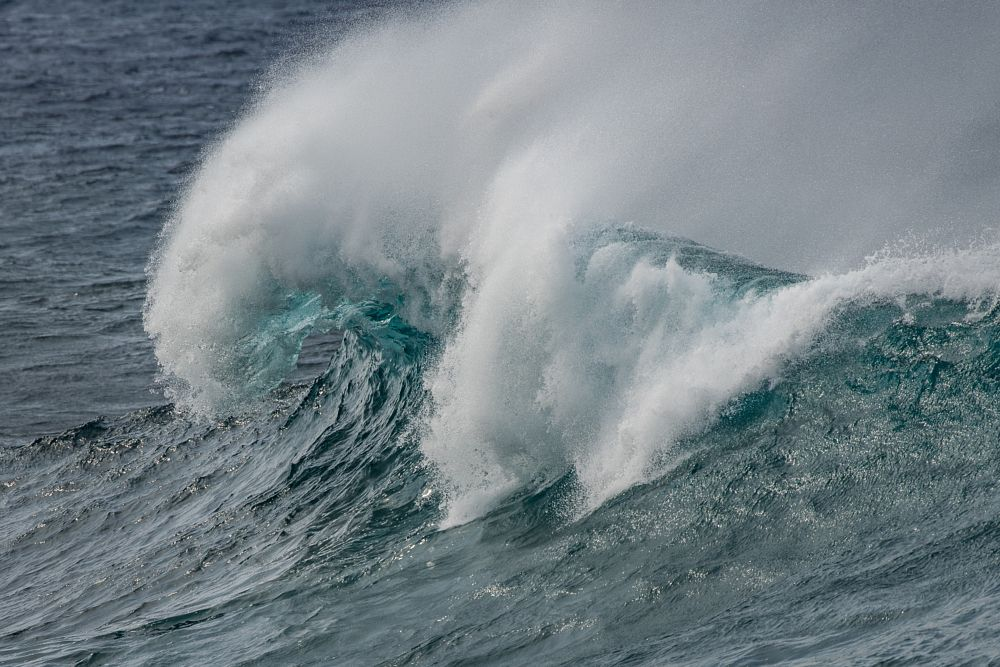 Photo in Landscape #wave #hawaii #south point #curl #blue