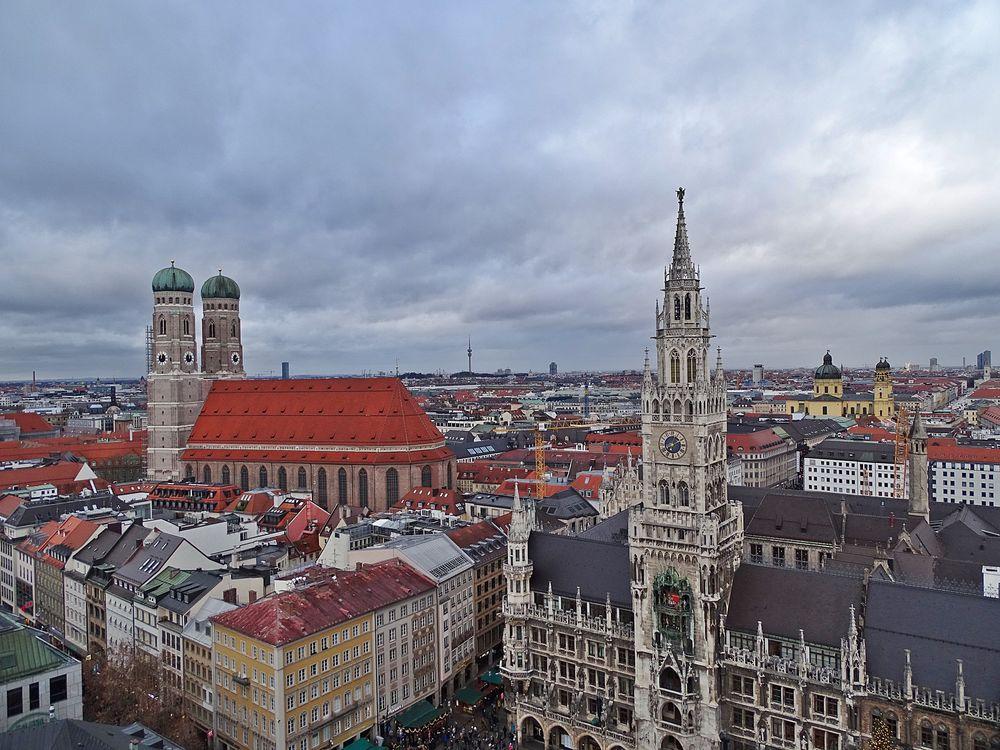 Photo in Cityscape #munich #münchen #city #cityscape #stadt #bayern #bavaria #germany