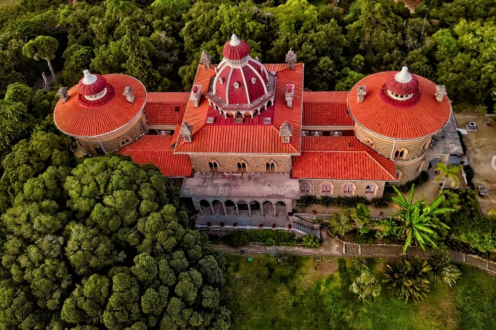 Photo in Random #aerial #monument #color #garden #turistic #attraction #sintra #portugal #roof
