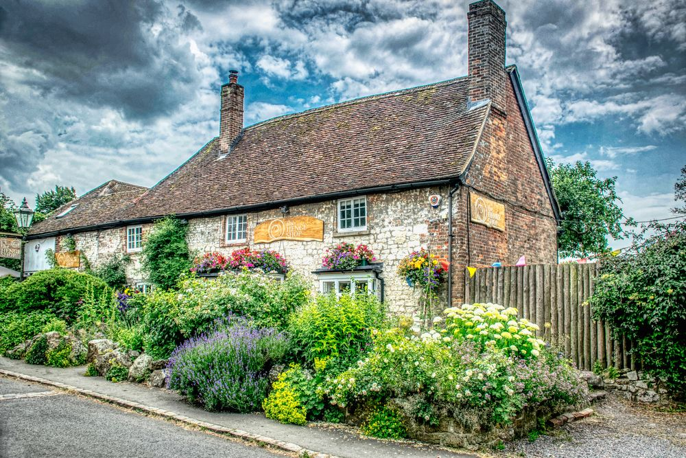 Photo in Urban #cottage #english #heritage #house #sky #outdoors