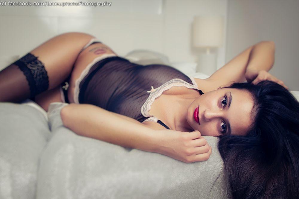 Photo in Nude #fashion #lifestyle #portrait #nu #nude #nackt #akt #teilakt #dessous #unterwäsche