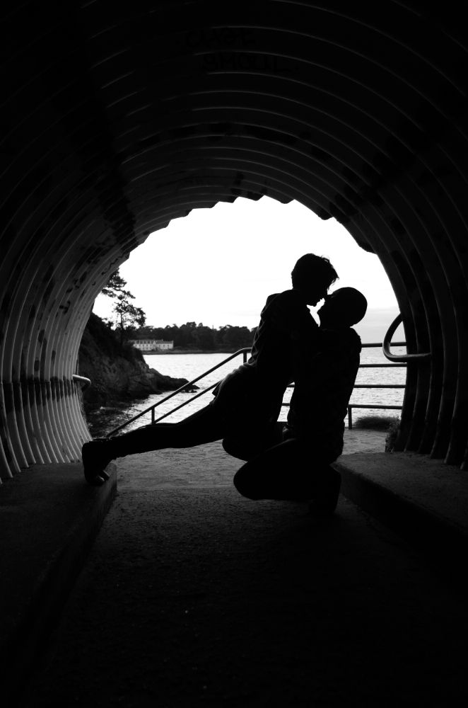 Photo in People #tunnel #couple #silhouette