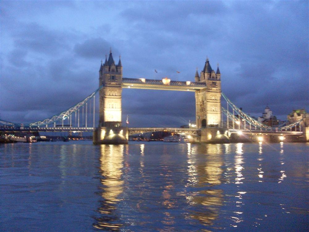 Photo in Random #tower #bridge..