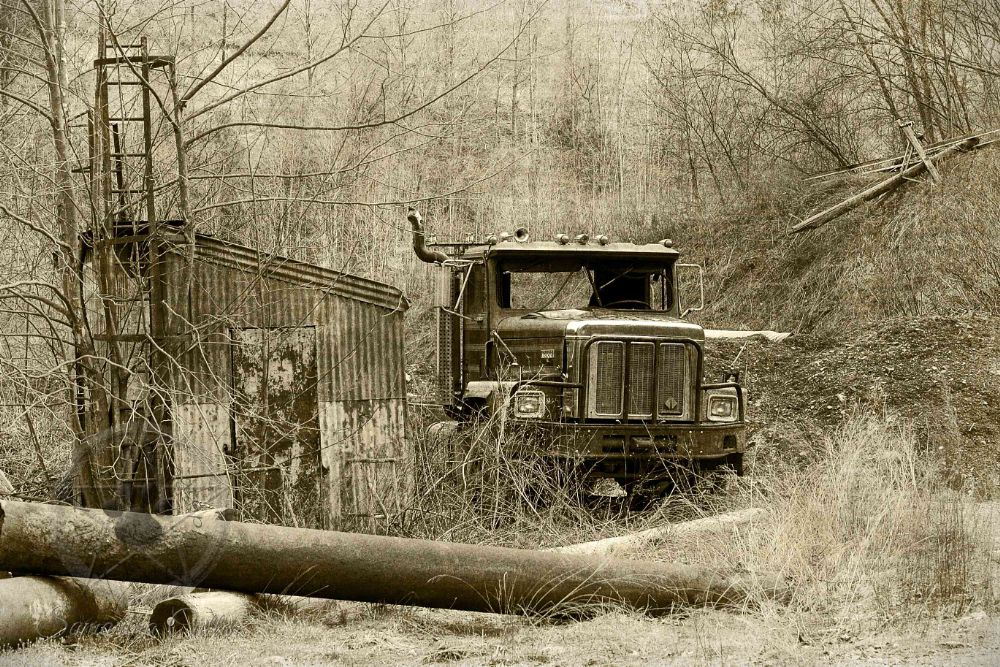Photo in Black and White #abandoned #usa #america #vintage #truck