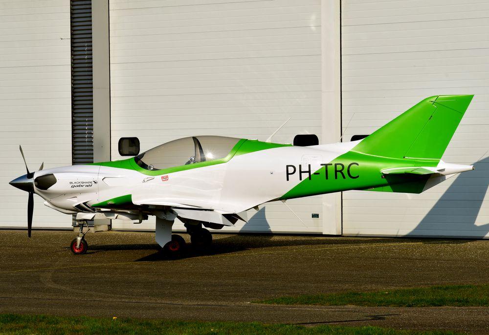 PH-TRC Blackshape BS115 cn BCV.21003 Zelf Vliegen 210420 Lelystad 1001