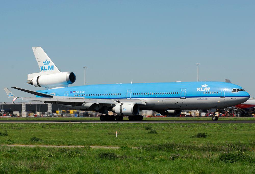PH-KCC MD11P cn 48557 KLM 070430 Schiphol 1001
