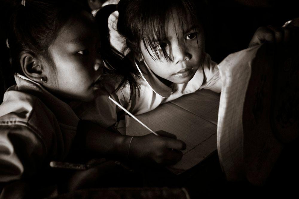 Photo in People #ラオスの肖像 #ラオス #一年生 #小学校 #laos #school #classroom #students