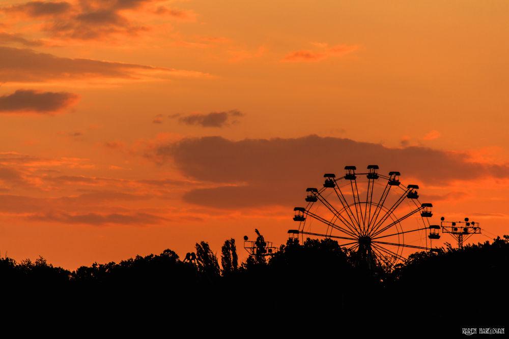 Photo in Landscape #ferris wheel #sunset #landscape #city