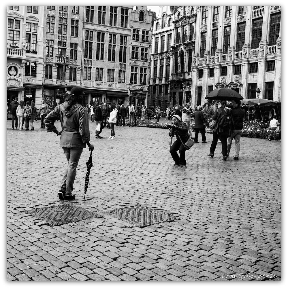 Photo in Street Photography #bruxelles #brussels #streetphotography #blackandwhite #blackandwhitephotography