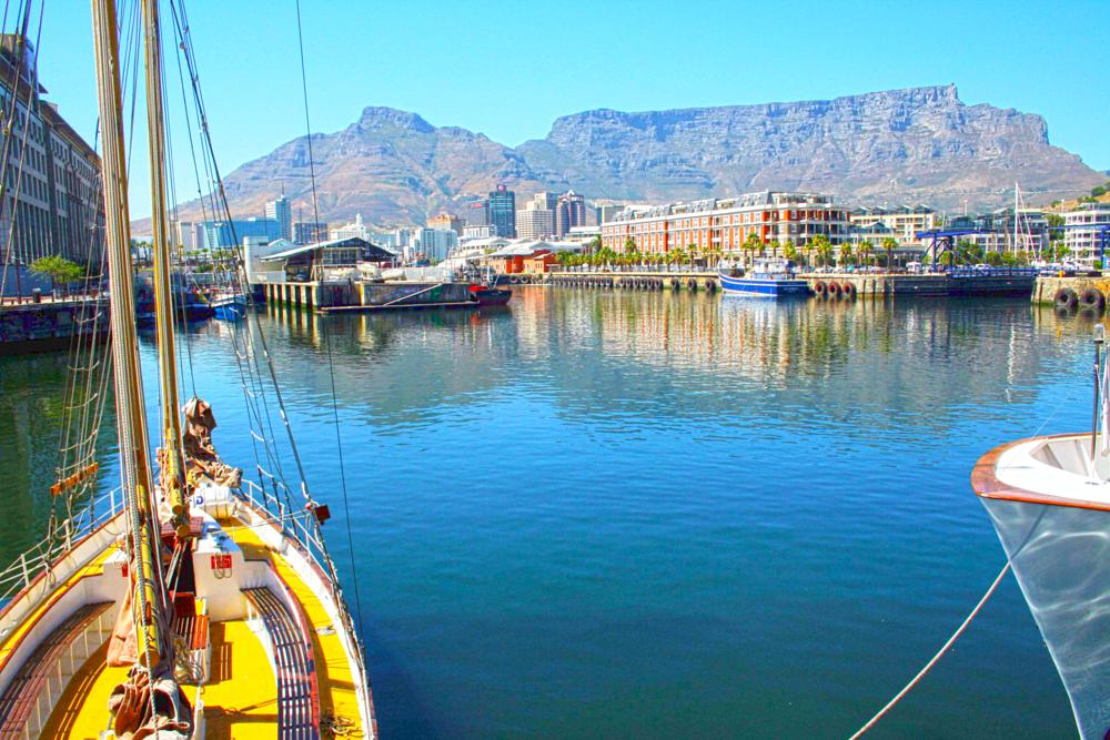 Photo in Cityscape #city #sea #ocean #water #harbor