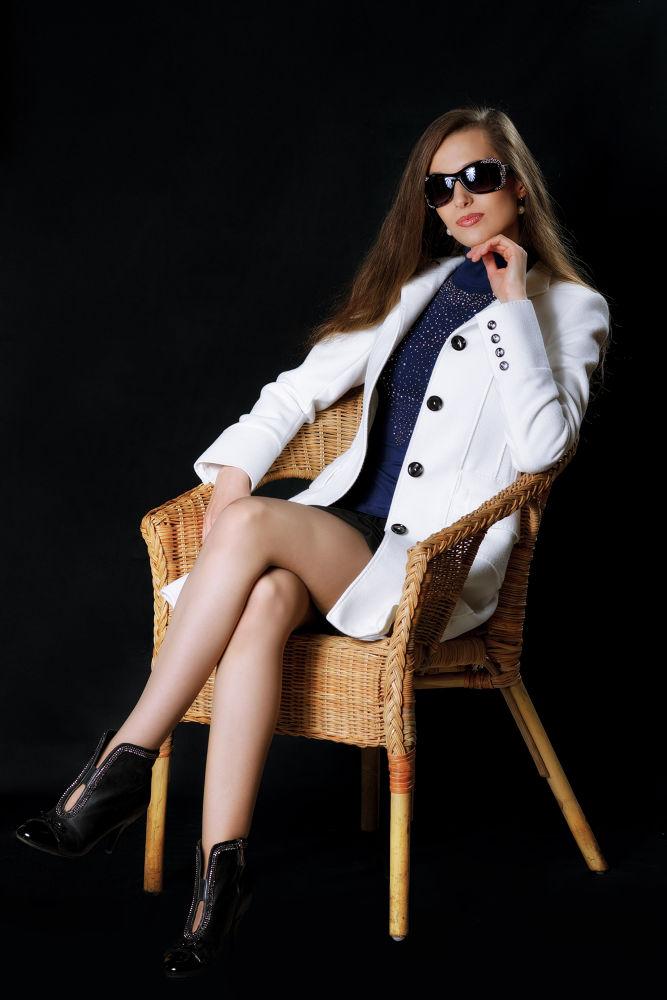Photo in Portrait #woman #beauty #girl #legs #sunglasses
