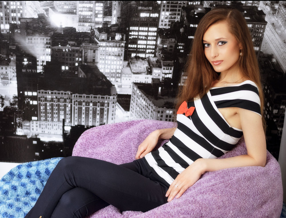 Photo in Portrait #girl #woman #beauty #reclining #rest #resting #cityscape