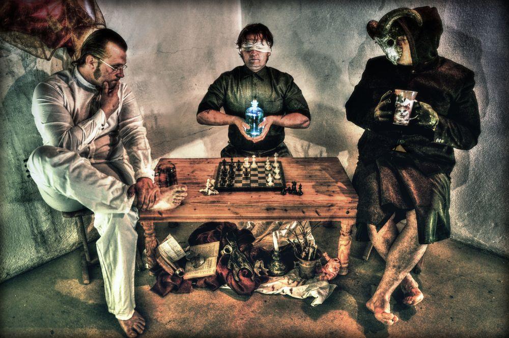 Photo in Random #mystery #god #gott #abstrakt #horror #chess #knoten #game #cat