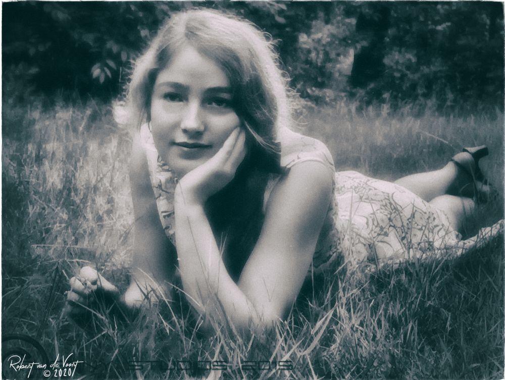Photo in Random #woman #spring #romance #dream #far away