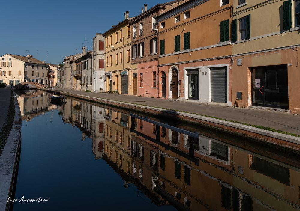Photo in Cityscape #comacchio #outdoor #travel #italy #cityscape #canali #water #houses #reflex #emilia-romagna