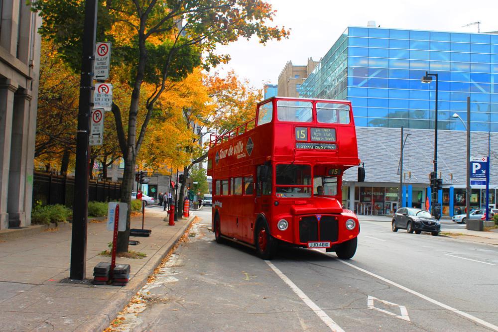 Photo in Cityscape #@montreal #@tourist #@quebec #@canada