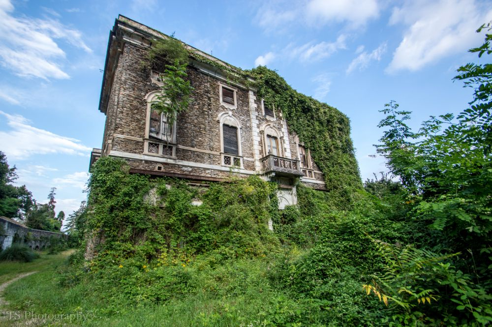 Photo in Urban #urban exploration #abandoned #ue #decay #urbex