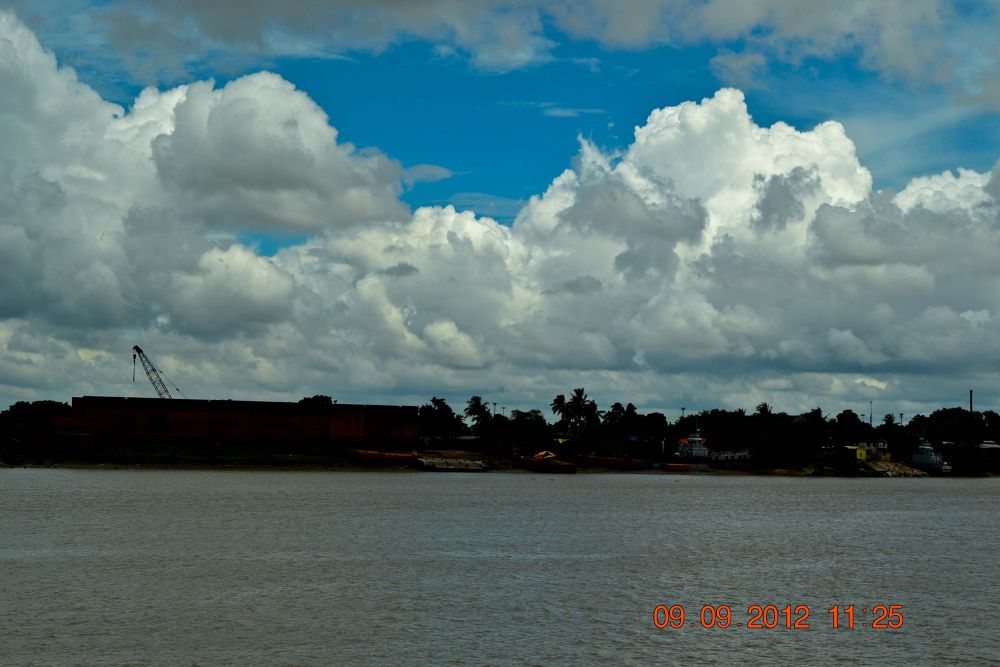 Photo in Random #river #sky #cloud #evening #autum sky