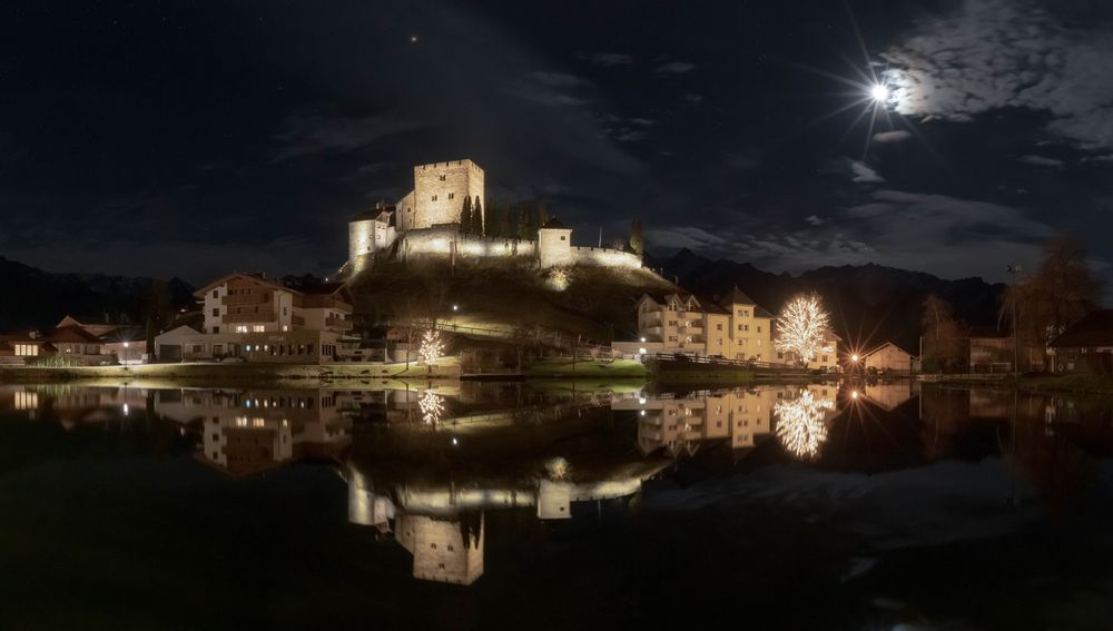 Photo in HDRI #night #castle #austria #moon #moonlight #hdr #nightview