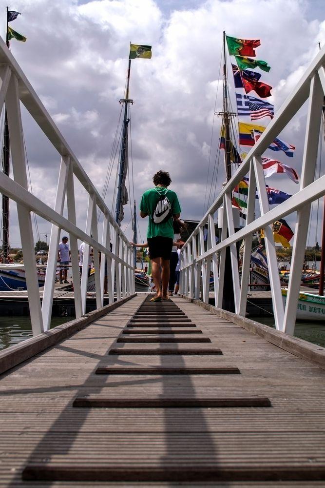 Photo in Random #cais #moita #embarque #festas #bandeiras #youpic