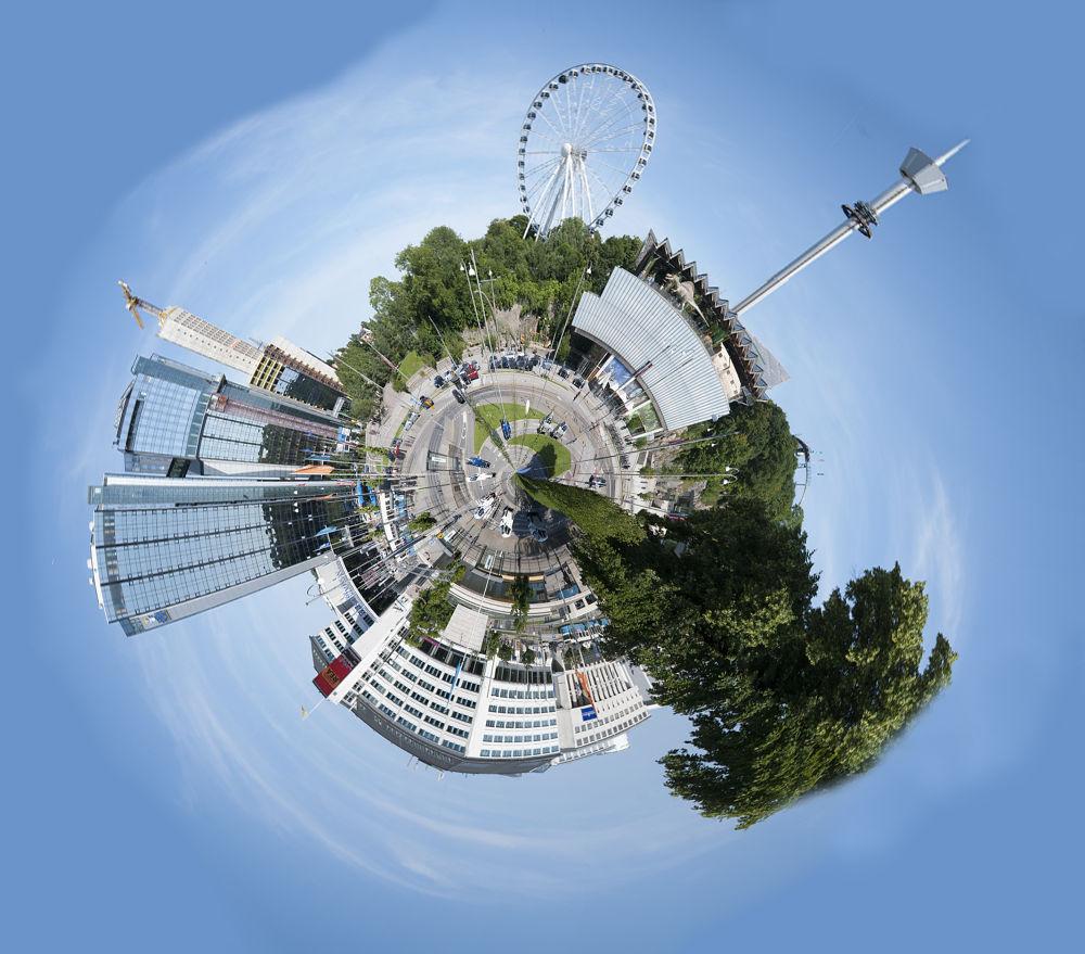 Photo in Random #globe #gothenburg #city