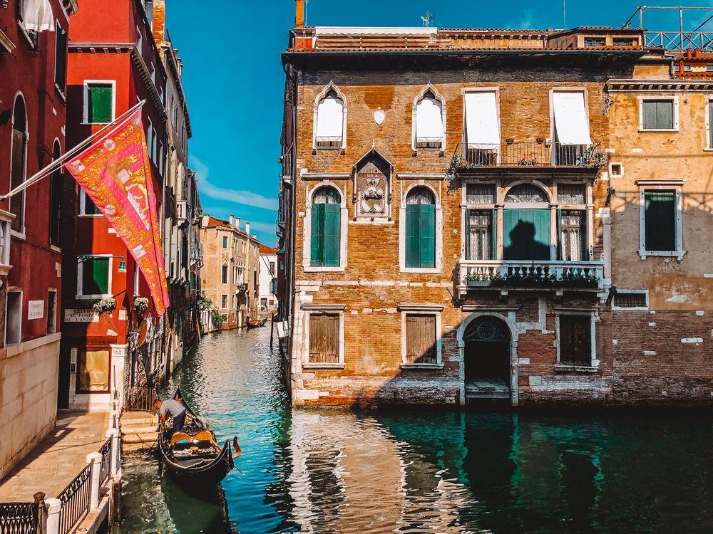 Photo in Architecture #venezia #venice #italia #italy #canals #gondola #architecture #lightroom #iphonex #travelphotography #youpic