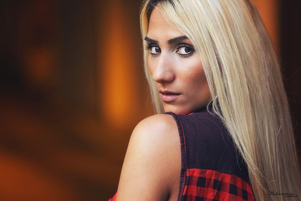 Photo in Portrait #lena #portrait #garage #orange #r.guba